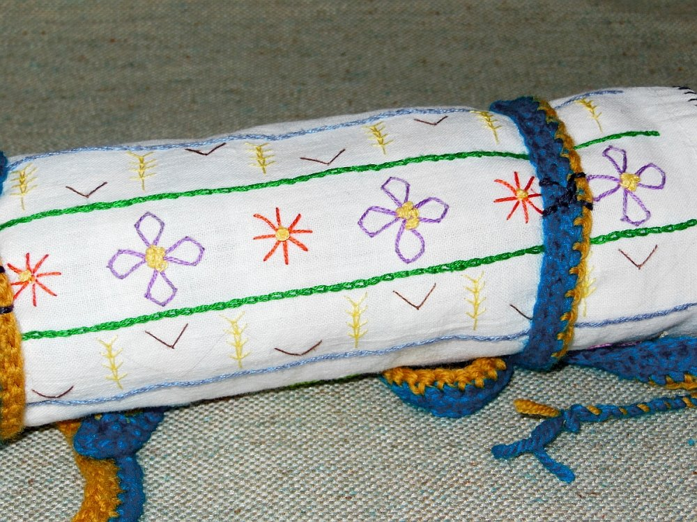 The Sampler as a Cover for a Floss Roll